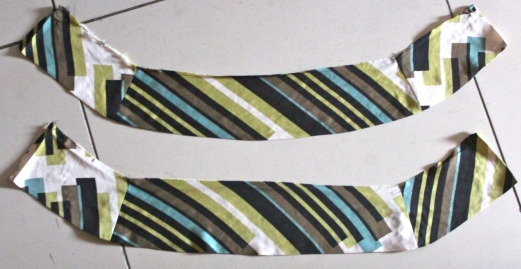 Split collar in two to make a skirt waist band